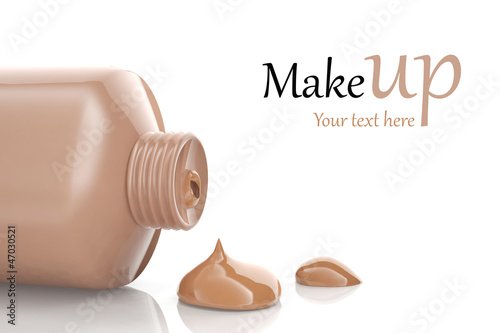 Fotografía  Makeup foundation cream isolated on white background