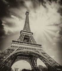 Fototapeta Dramatic view of Eiffel Tower with Sky on Background