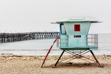Lifeguard Stand And Surfboard ...