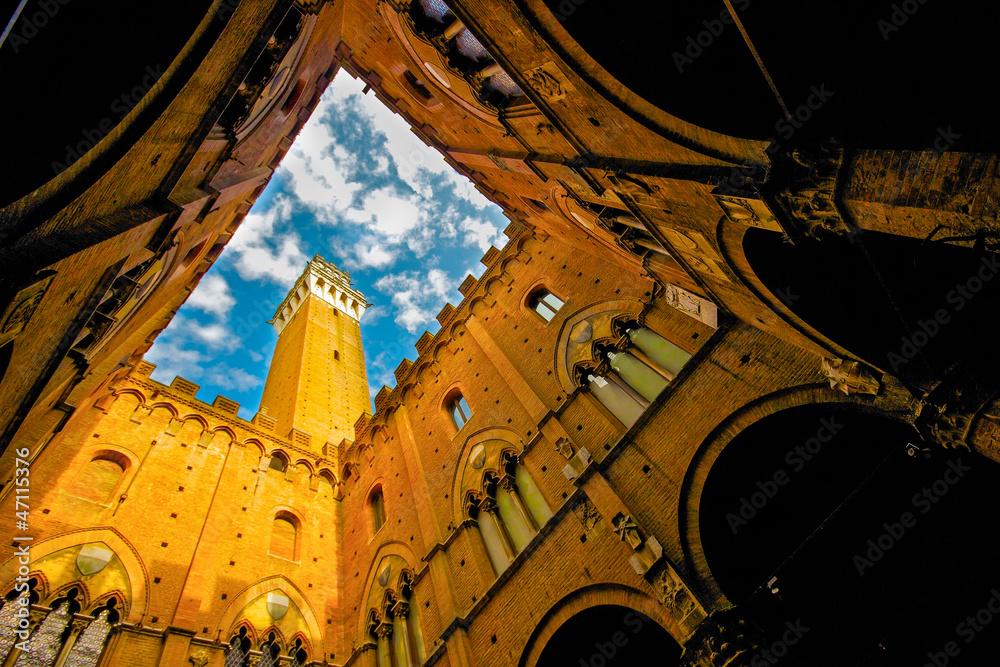 Siena, Palazzo Pubblico von innen Foto, Poster, Wandbilder bei ...