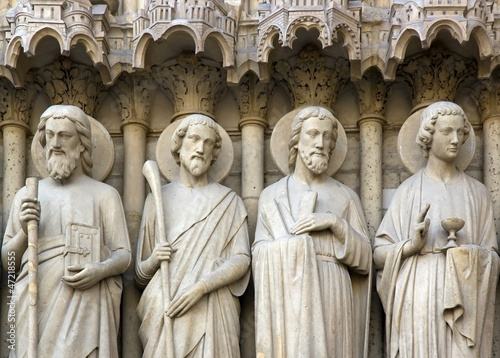 Fotografía  les âpotres de Notre Dame de Paris