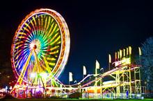 Amusement Park At Night - Ferr...