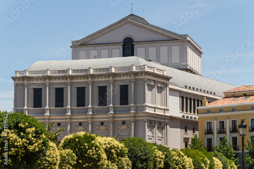 Foto  Teatro Real - opera house of Spain. Architecture in Madrid.
