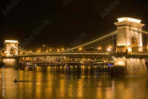 Gloden glow of the Chain Bridge.