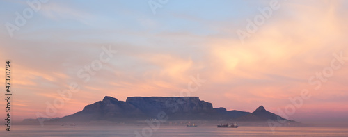 Fototapeta Table mountain at night obraz