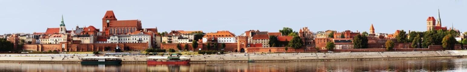 Panorama na Stare Miasto Toruń  w wysokiej rozdzielczości