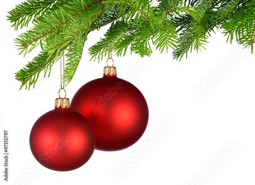 Rote Christbaumkugeln.Zwei Rote Christbaumkugeln Hangen Am Tannenzweig Buy This