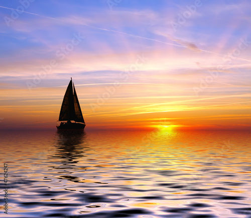 Sailing to the sunset - 47624247