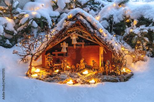 Fényképezés  festliche Weihnachtskrippe