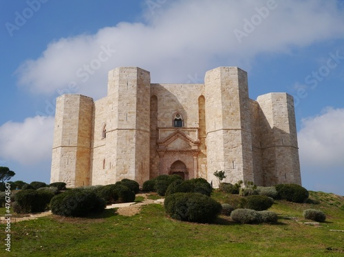 Spoed Foto op Canvas Artistiek mon. The castel del monte a octagonal castle in Apulia in Italy