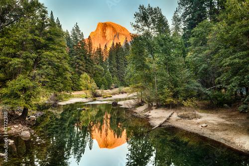 Fotobehang Natuur Park Half Dome reflect on Merced River, Yosemite Valley, USA