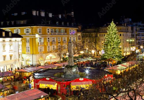 Fotografie, Obraz  Vánoční trh v Bolzanu
