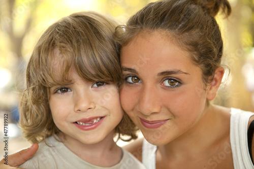 Fotografie, Obraz  Portrait d'un petit frère avec sa soeur