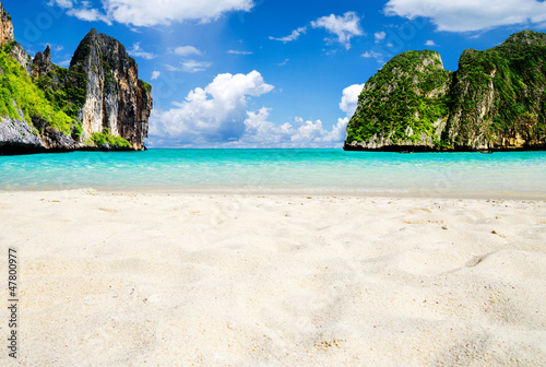 Foto-Rollo - beach and tropical sea (von Pakhnyushchyy)
