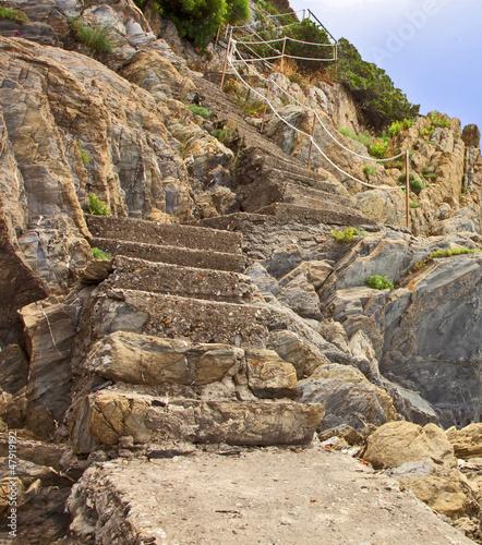 scalinata sulla costa. cinque terre