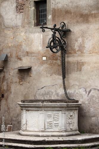 sredniowieczne-wody-w-rzymie-wlochy