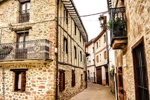 Calle de Ezcaray (La Rioja, España)