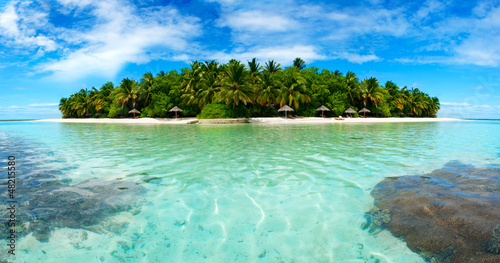 Spoed Foto op Canvas Eiland Island in the Maldives