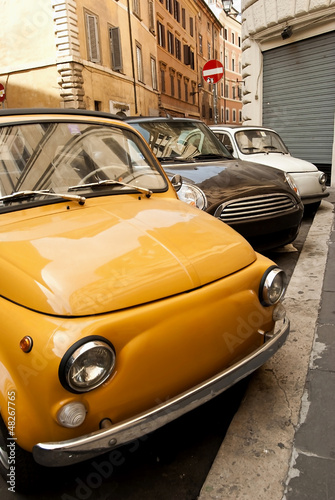 Foto op Canvas Oude auto s Cars in Rome.