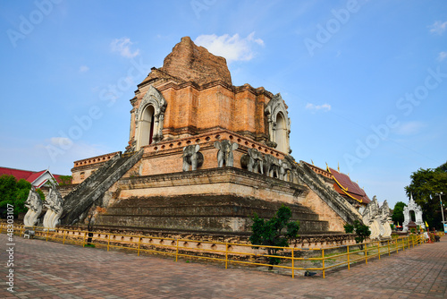 In de dag Bedehuis Thai temple in chiangmai, Thailand