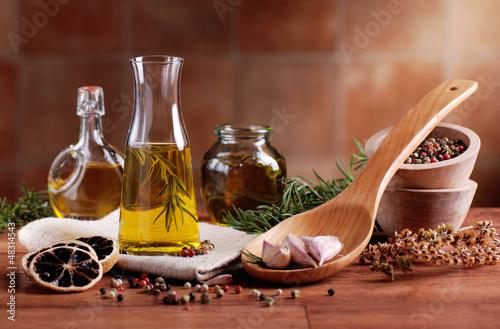 olio di oliva aromatizzato - 48314543