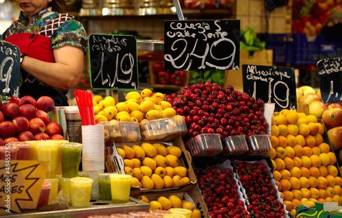 Photo Fruit market in Barcelona, Spain