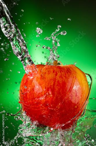Recess Fitting Splashing water Fuji Apple Splash