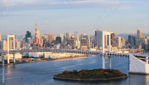 Poster Tokyo Tokyo Skyline with Tokyo Tower and Rainbow Bridge