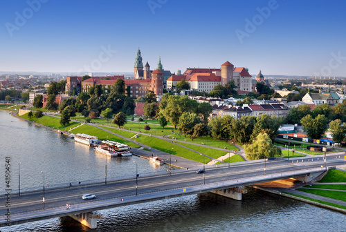 Fotobehang Krakau Wawel Castle, Vistula river and bridge in Krakow, Poland