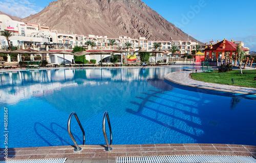 Fotografie, Tablou  piscine d'hotel