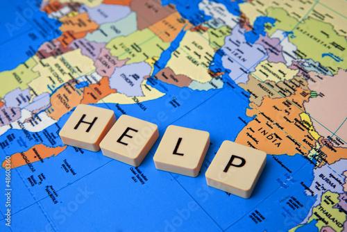 Tuinposter Wereldkaart help the world