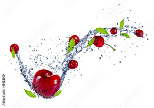 Poster Eclaboussures d eau Cherries in water splash, isolated on white background