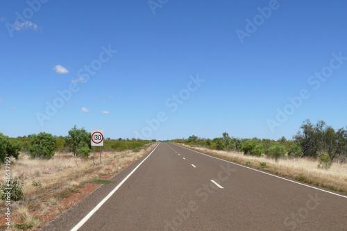 In de dag Route 66 Australia. Stone Desert.
