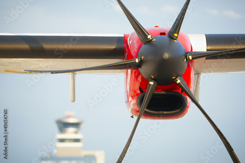 Photo  Propeller airplane at the airport