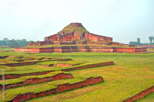 Poster Ruine Buddhist Vihara in Paharpur,Bangladesh