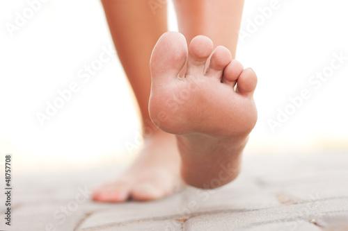 Legs walking Canvas-taulu