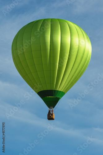 In de dag Ballon Green Hot Air Balloon