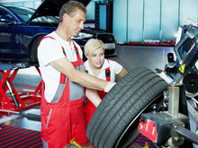 Mechanic Is Teaching His Appre...
