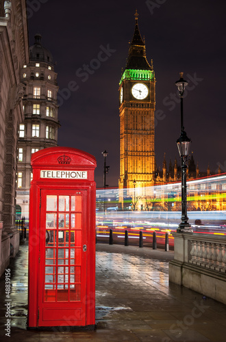 london-telephone-box-z-big-ben-amp-bus-trails