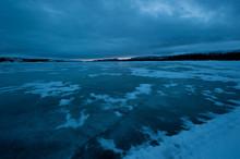Lake Laberge Freeze Up