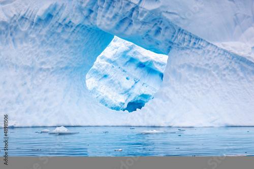 Foto op Aluminium Arctica Iceberg in Antartica