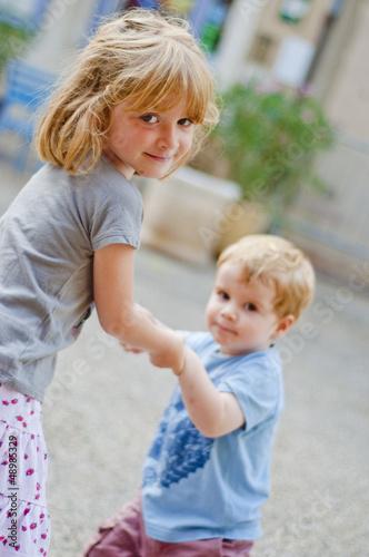 Fotografie, Obraz  Tanec bratr a sestra
