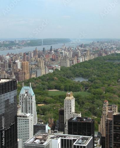 Stampa su Tela around Central Park in New York