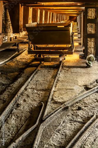 Old coal mine wagon Tablou Canvas