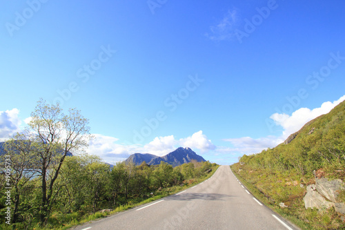 Fotografía  Lofoten's  main road
