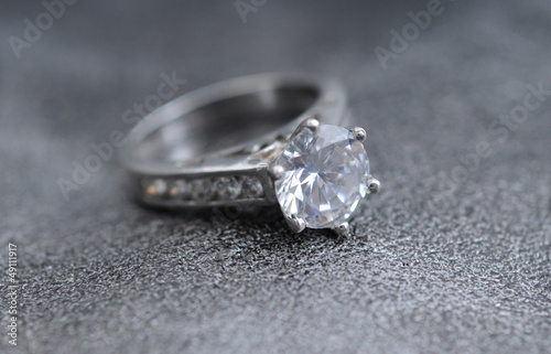 Fotografie, Obraz  big diamond engagement ring