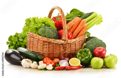 Fototapety, obrazy: raw vegetables in wicker basket isolated on white