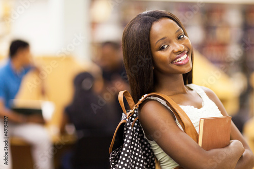 beautiful female african american university student portrait Fototapeta