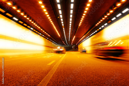 Fotografía  High-speed car in the tunnel, Motion Blur