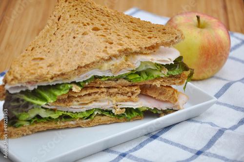 Staande foto Snack Vollkornsandwich mit Apfel
